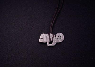 pendentif MOKYME argent-palladium caméléon
